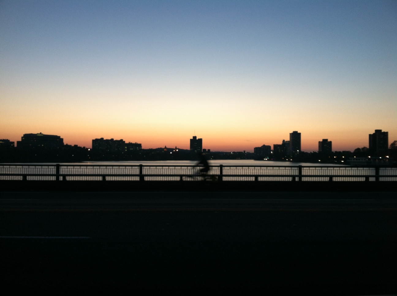 チャールズ川の夕景