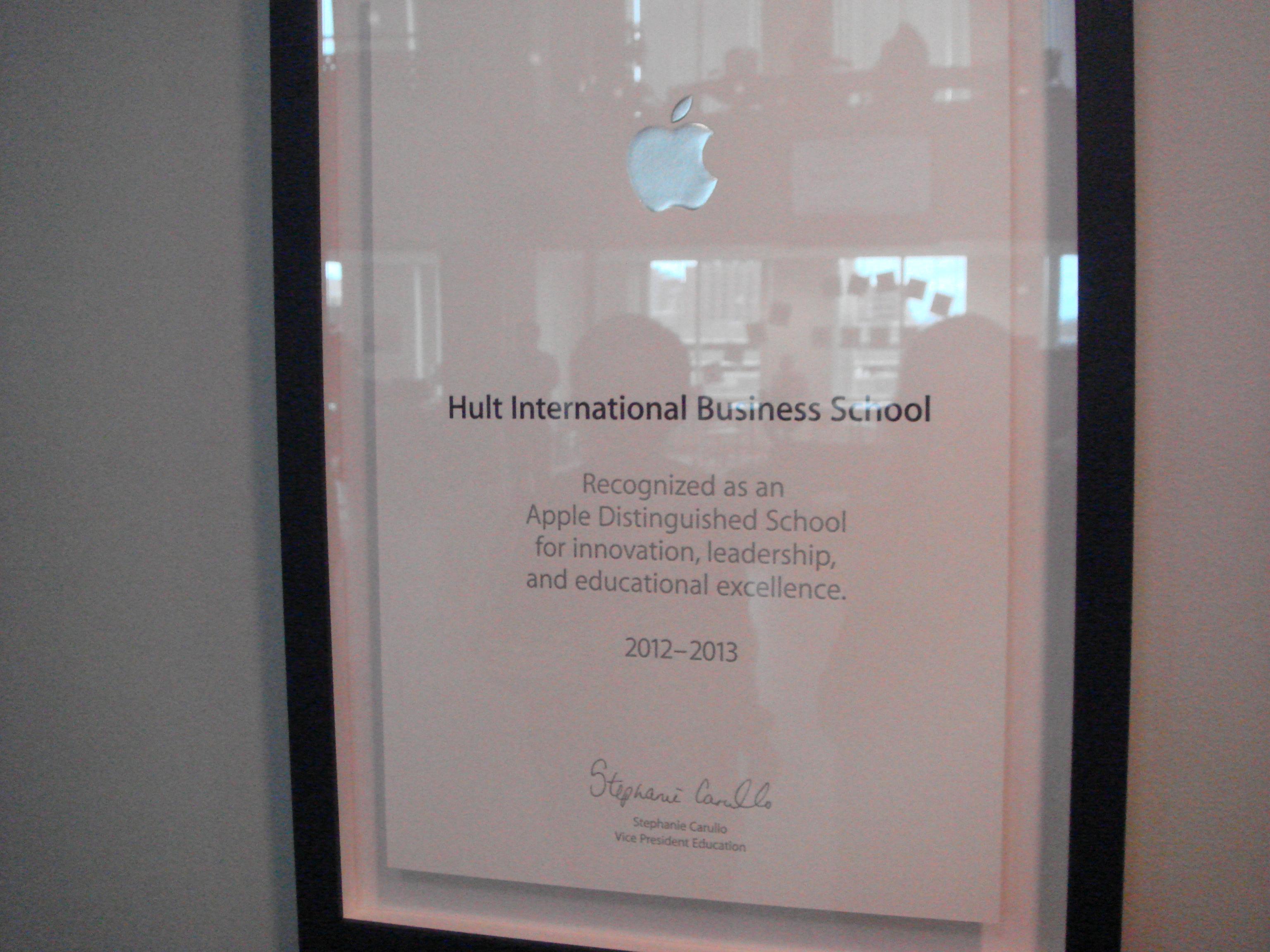 Hultはアップルから表彰を受賞