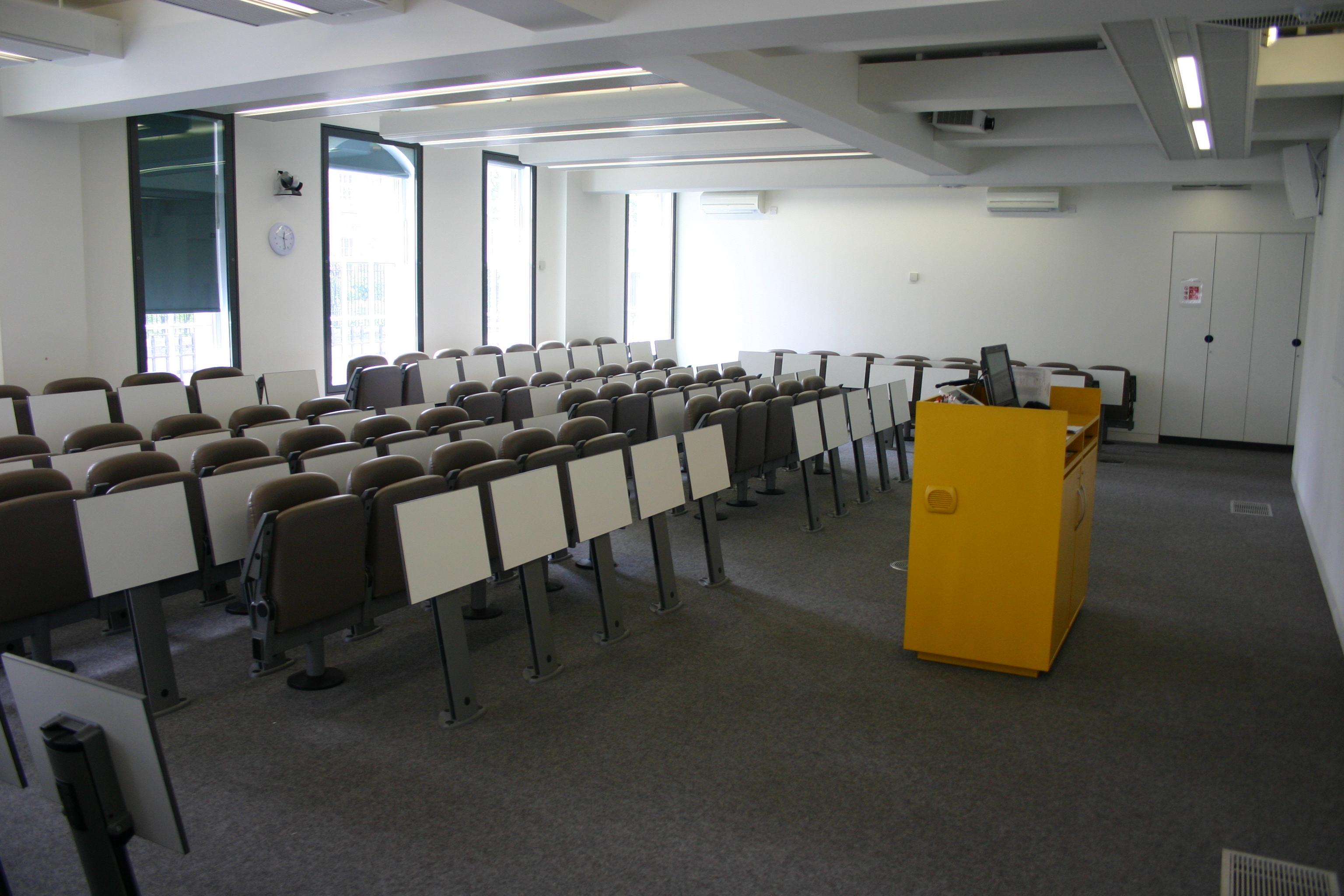 Hultロンドンの教室